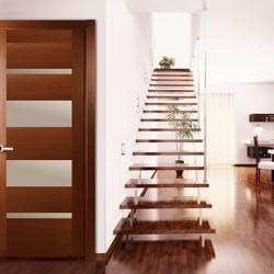 Двери межкомнатные глянцевые,  дверное полотно