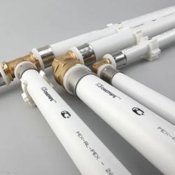 Металлопластиковые трубы и фитинги диаметр 16 мм.